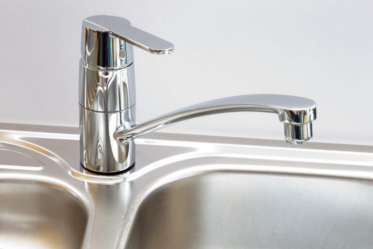 Comment nettoyer et polir l'acier oxydé, rouillé ou endommagé ?