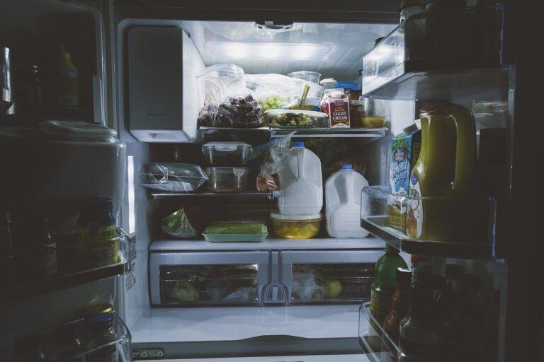 Comment résoudre le problème de l'eau dans le réfrigérateur ?
